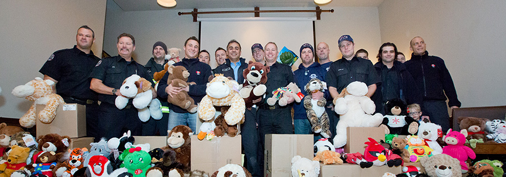 deltassist-toy-drive-2013